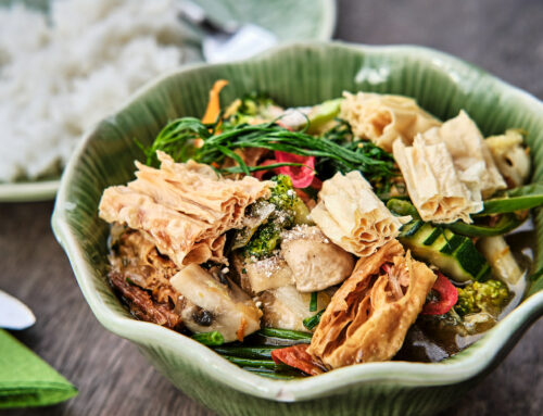 März Gericht: Om-Curry mit Tofuhaut – Gaeng Om Fong Tauhu – แกงอ่อมฟองเต้าหู้