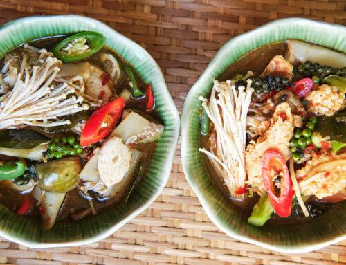"""Juni Gericht – """"Dschungel""""-Curry – Gaeng Paa – แกงป่า"""